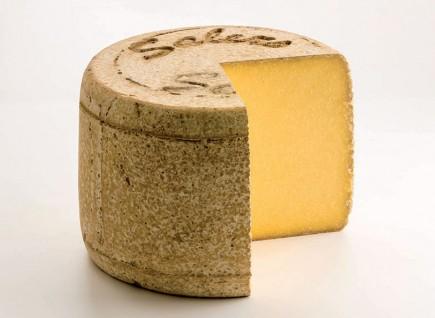 Le fromage AOP Salers rejoint la Filière qualité Carrefour