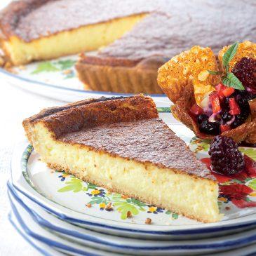 Tarte à la tomme fraîche de Cantal et coulis de myrtilles