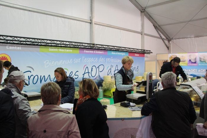 Les Fromages AOP d'Auvergne au Sommet de l'élevage