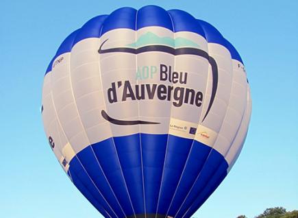 Gagnez votre vol dans la toute nouvelle montgolfière Bleu d'Auvergne.